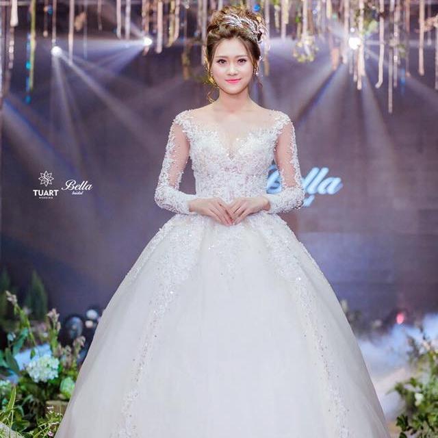 Váy cưới Bella Bridal