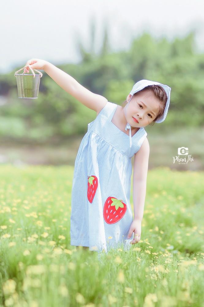 Album bé Phùng Tuyết Nhi 13