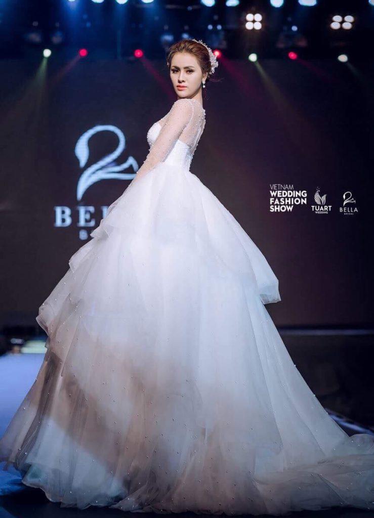 Tư vấn chọn váy cưới đẹp cho cô dâu vóc dáng nhỏ bé