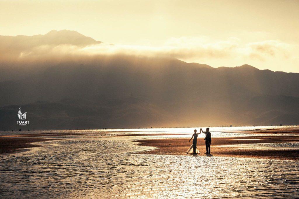 Album chụp ảnh cưới đẹp Hoàng Hôn trên Lăng Cô: Long-Tiên 37