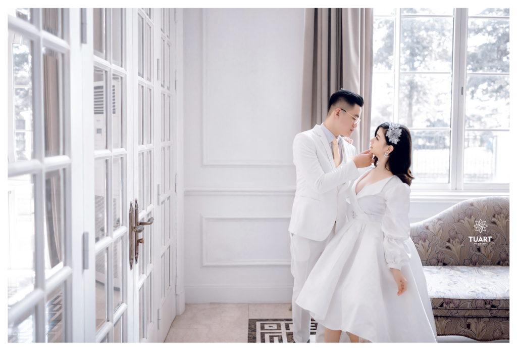 chụp ảnh cưới đẹp ở biệt thự hoa hồng