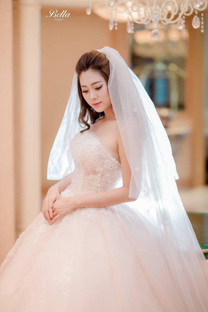 Album váy cưới bồng xòe 1