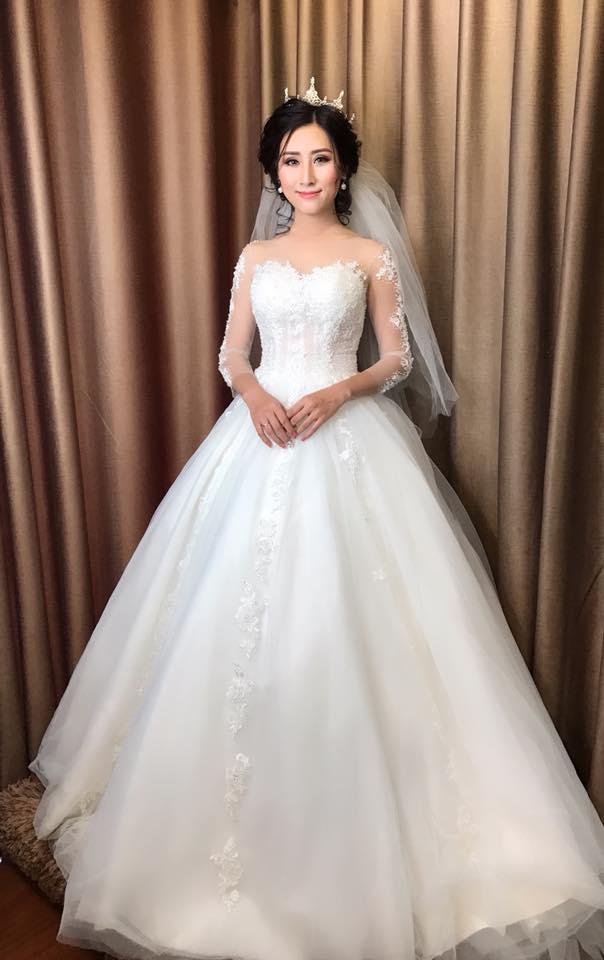 Album váy cưới bồng xòe 106
