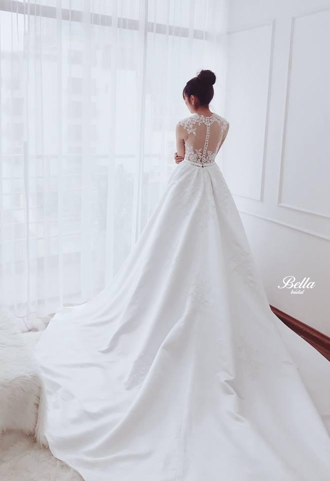 Album váy cưới bồng xòe 107