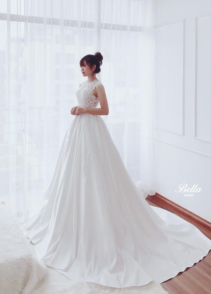 Album váy cưới bồng xòe 108