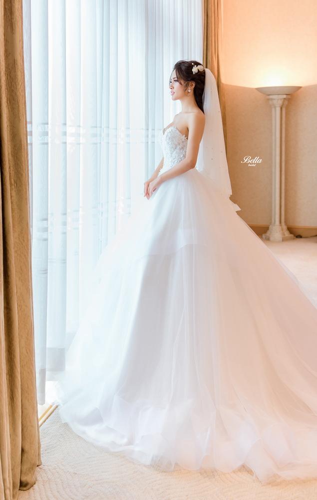 Album váy cưới bồng xòe 113
