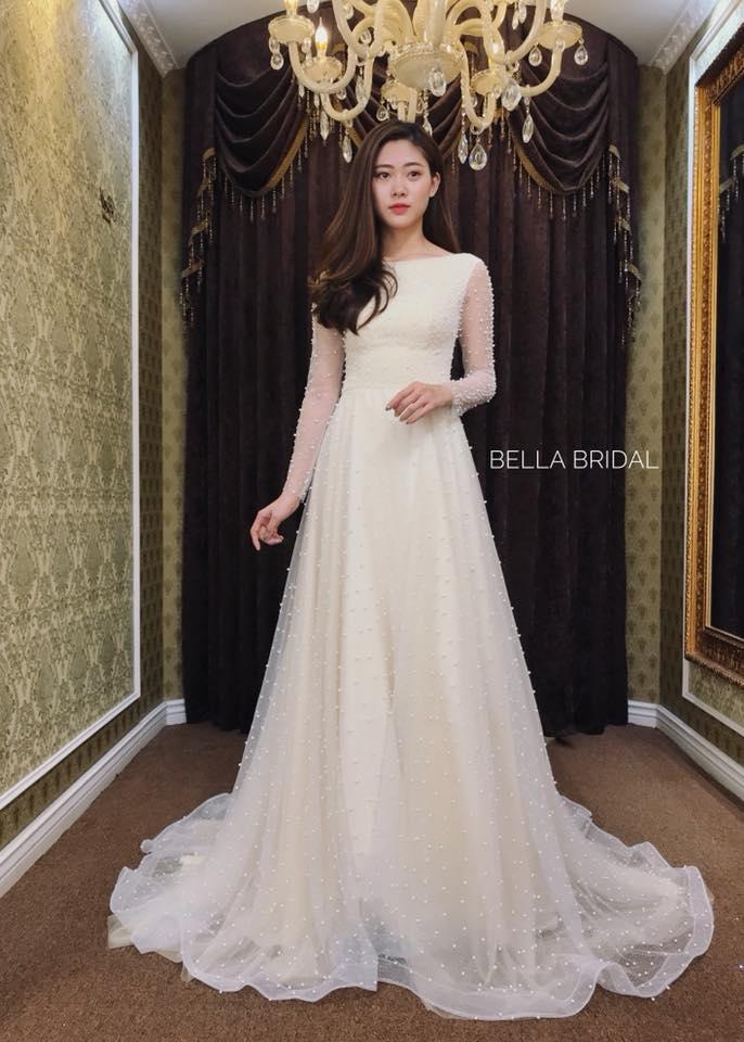 Album váy cưới bồng xòe 129