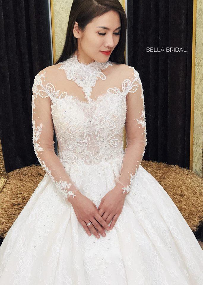 Album váy cưới bồng xòe 132