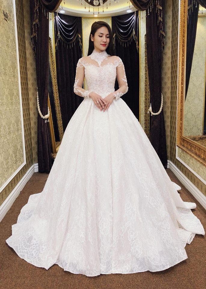 Album váy cưới bồng xòe 134