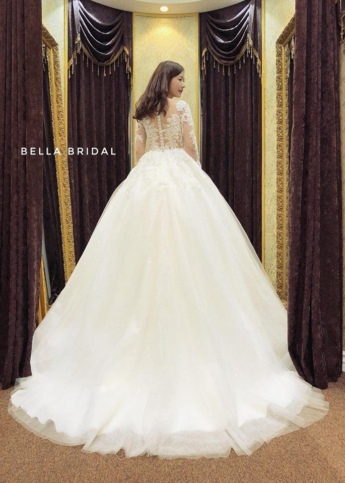 Album váy cưới bồng xòe 147