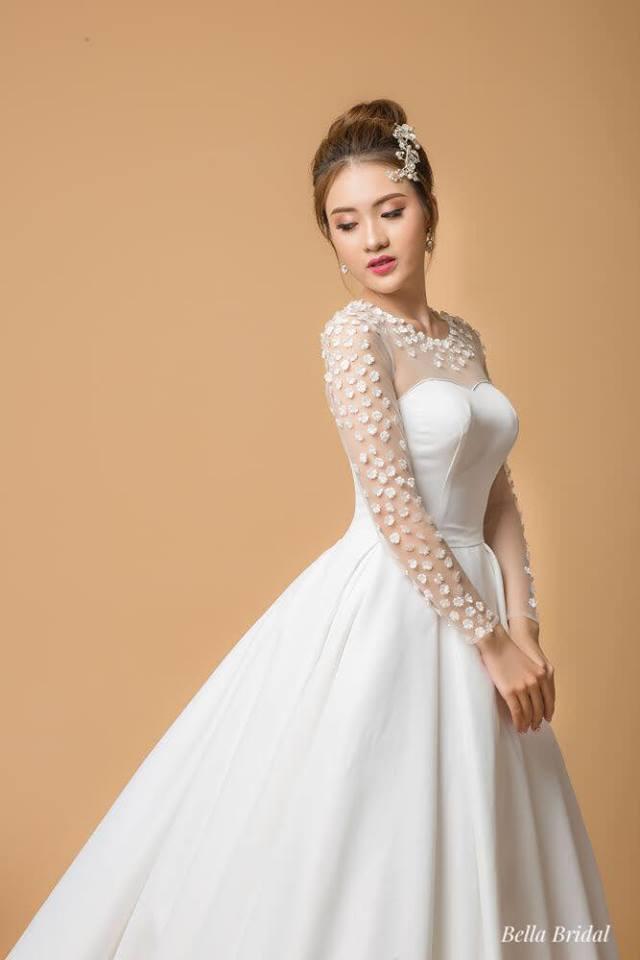 Album váy cưới bồng xòe 151