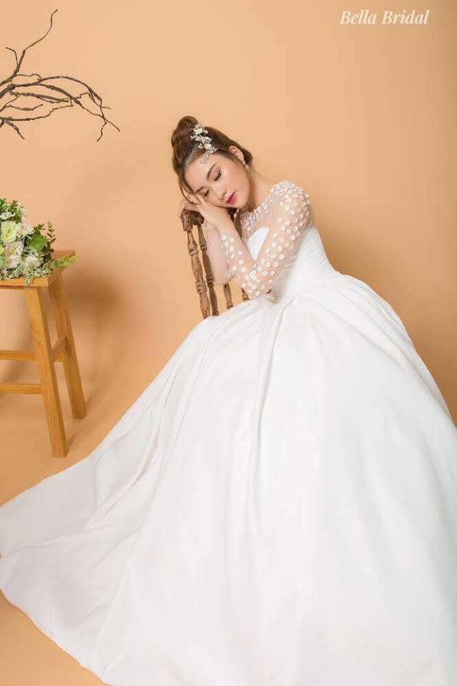 Album váy cưới bồng xòe 27