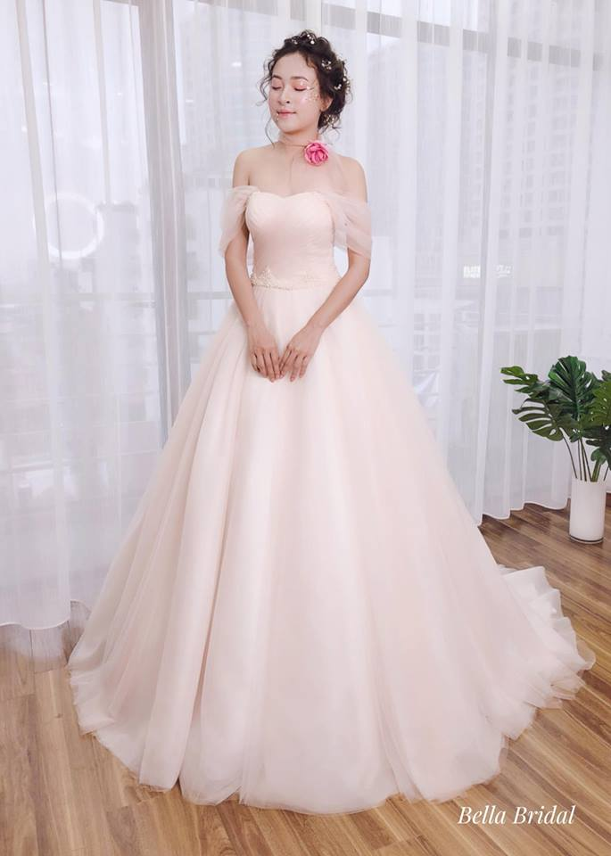 Album váy cưới bồng xòe 31