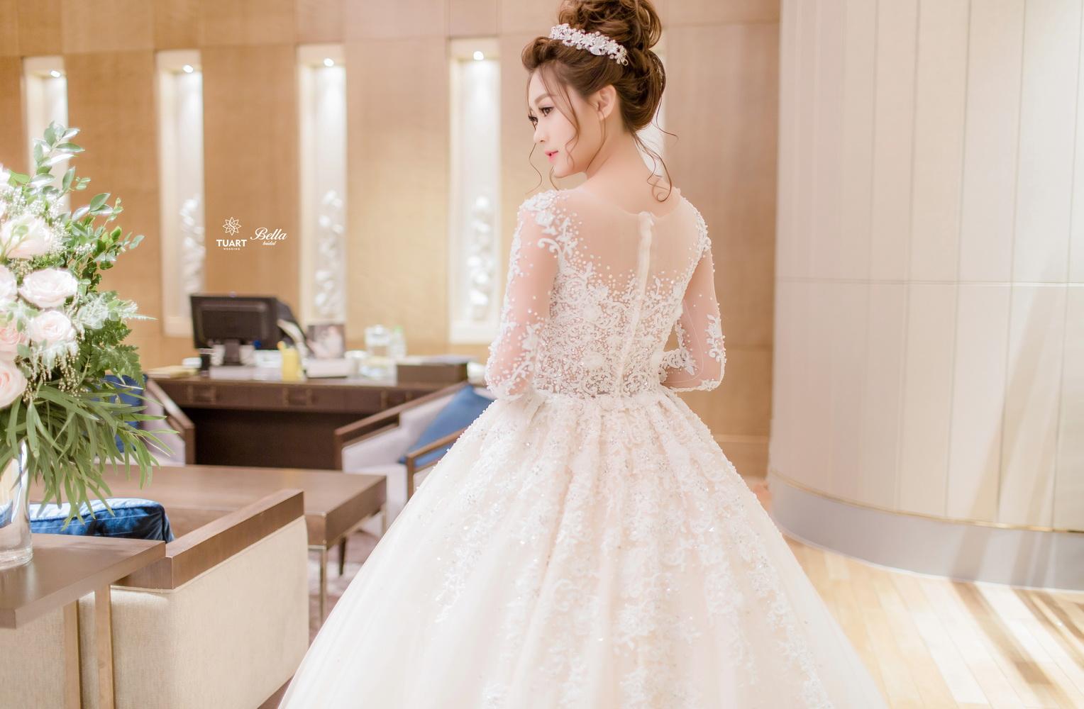 Album váy cưới bồng xòe 5