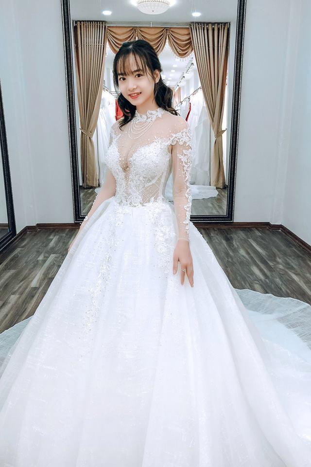 Album váy cưới bồng xòe 76