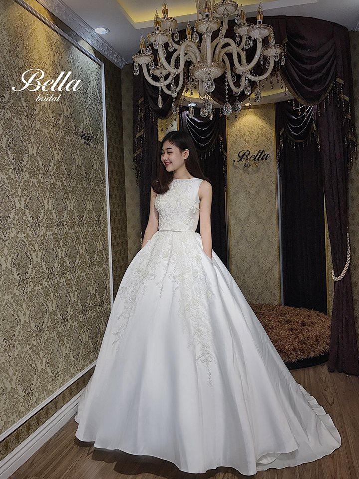 Album váy cưới bồng xòe 82