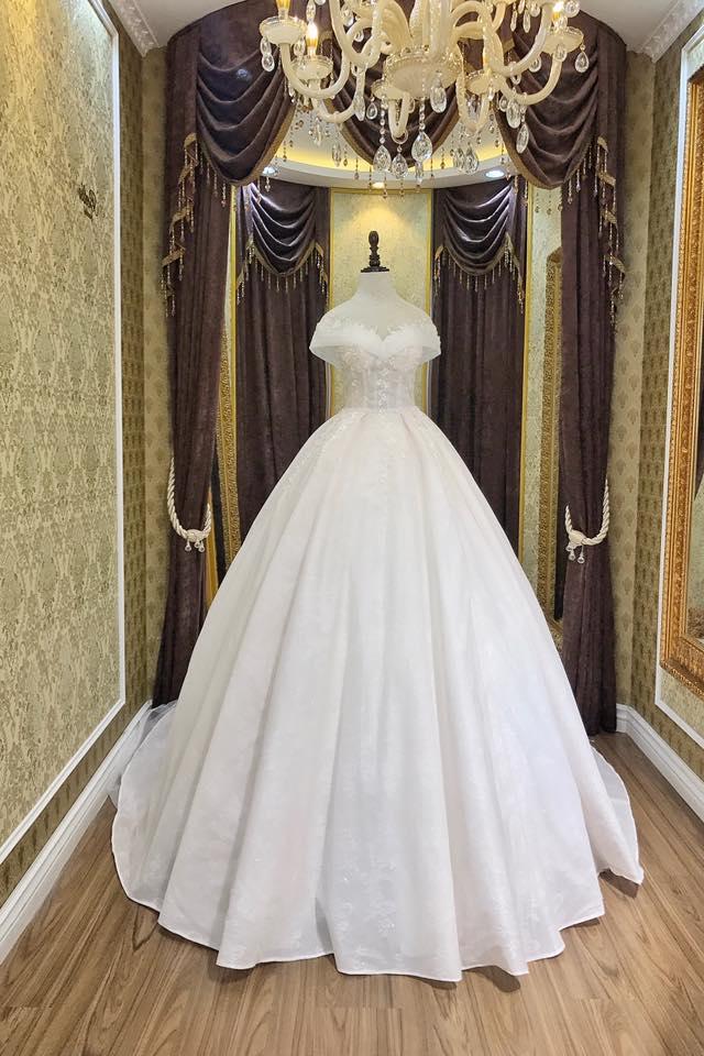Album váy cưới bồng xòe 84