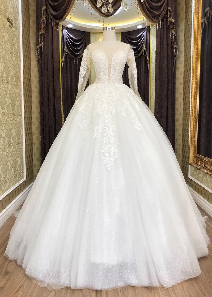 Album váy cưới bồng xòe 95