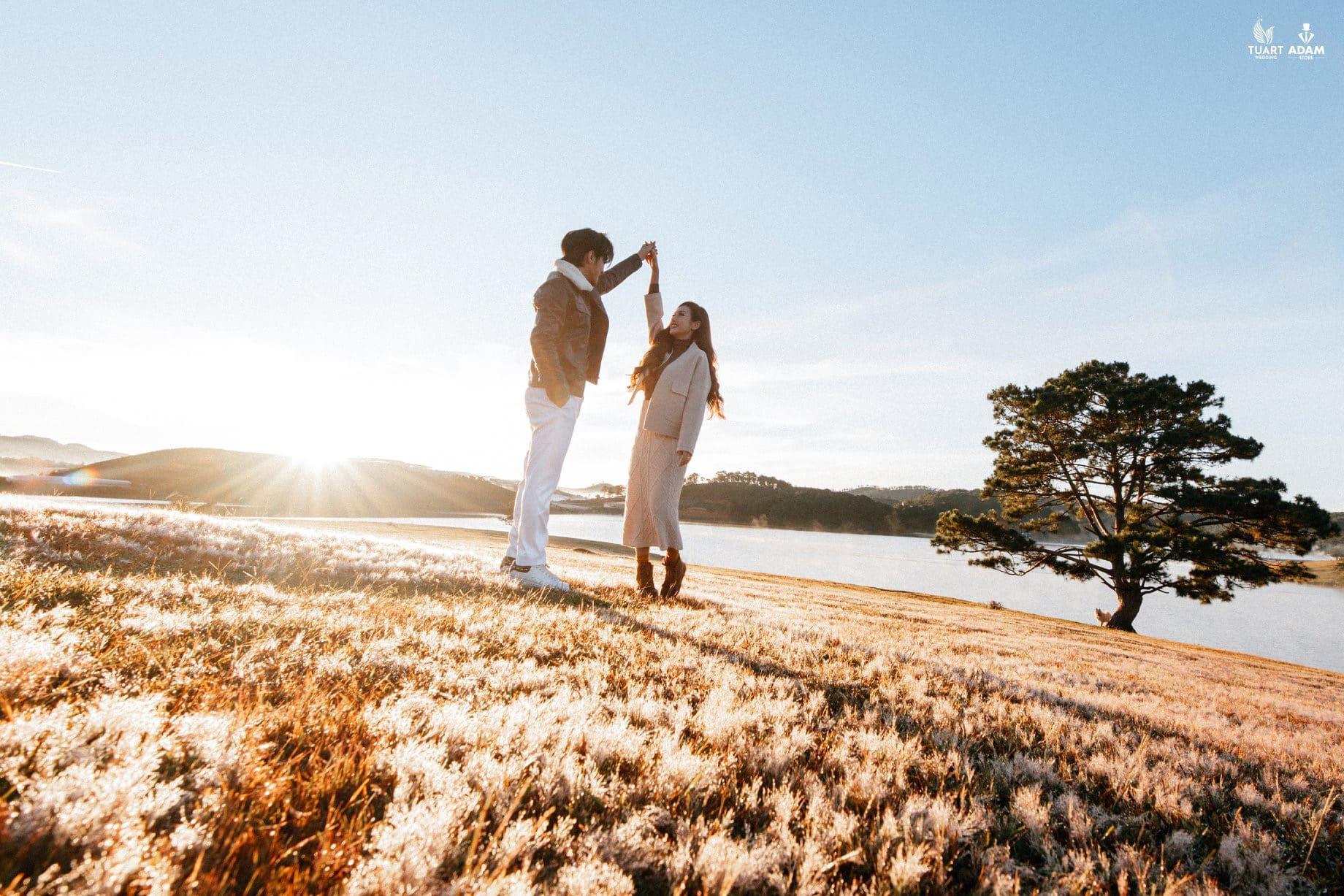 Chụp ảnh cưới theo phong cách street style