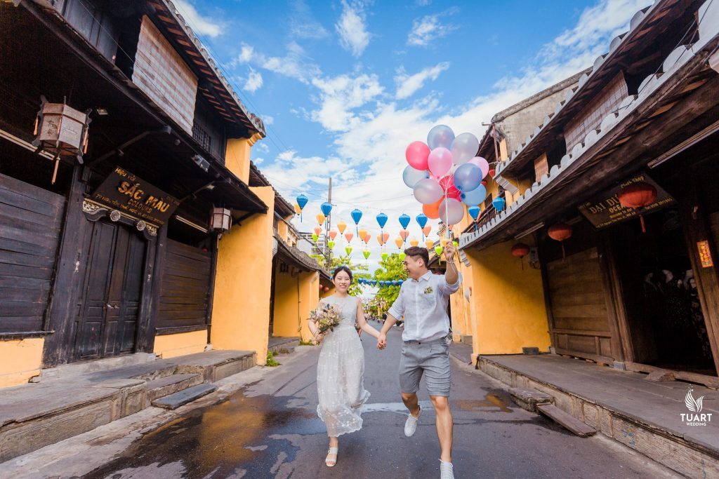 PRE WEDDING PHOTOGRAPHY IN DANANG