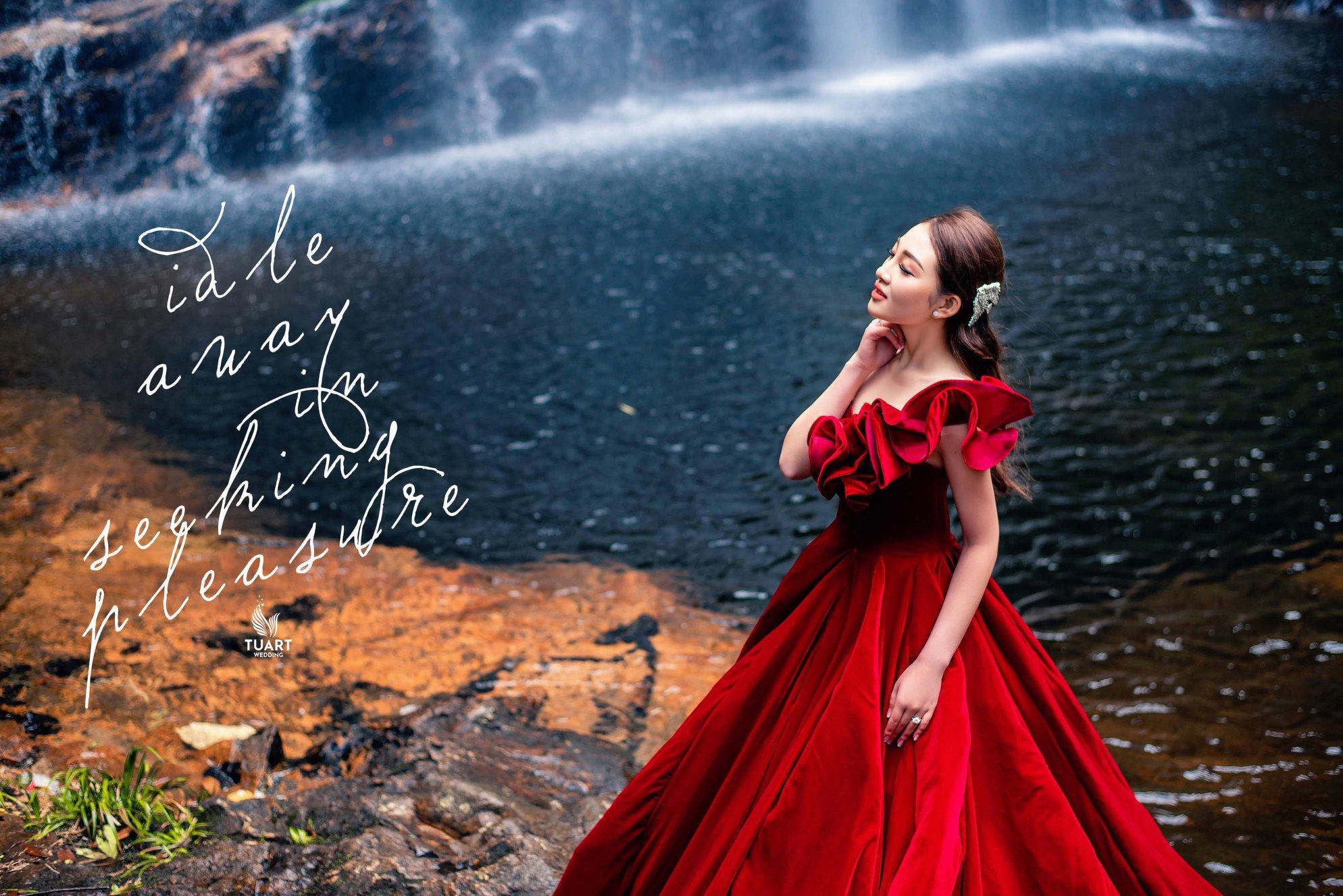 Album ảnh cưới xuyên Việt của cặp đôi Năng Tĩnh - Thu Hương