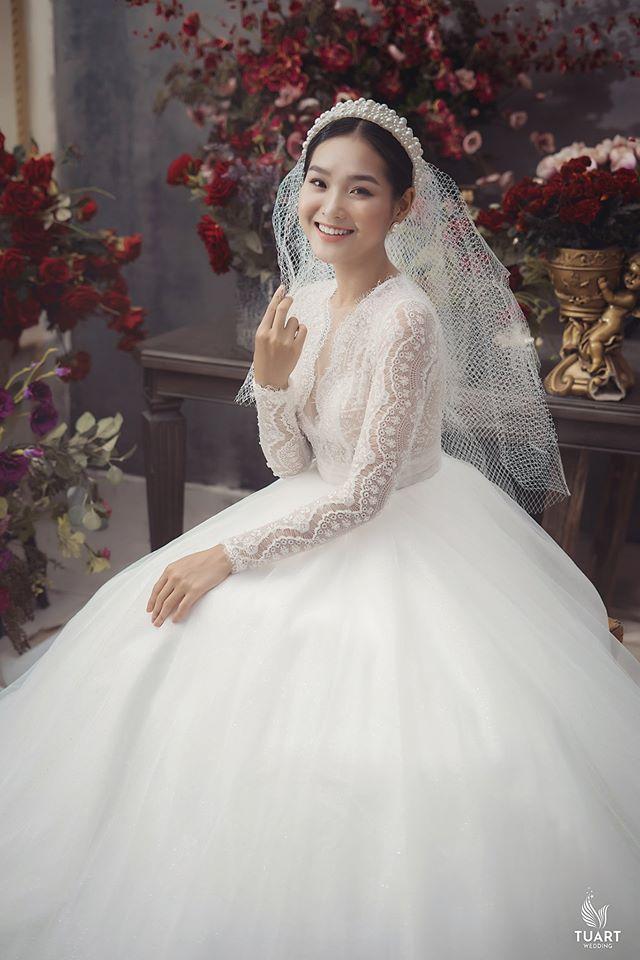 Album ảnh cưới đẹp Hàn Quốc tại phim trường Santorini Hà Nội 22