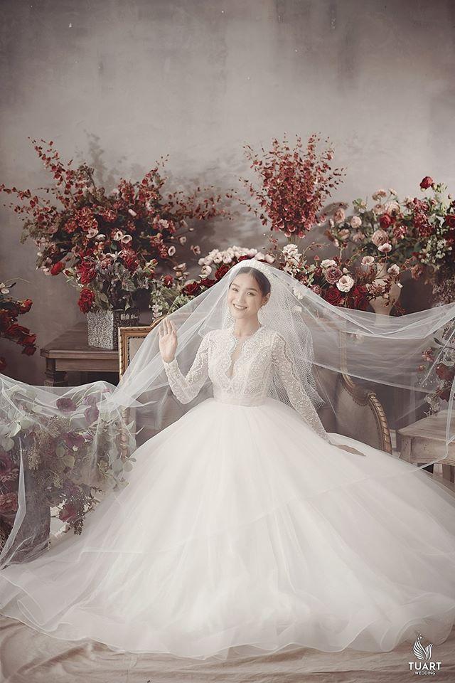 Album ảnh cưới đẹp Hàn Quốc tại phim trường Santorini Hà Nội 15
