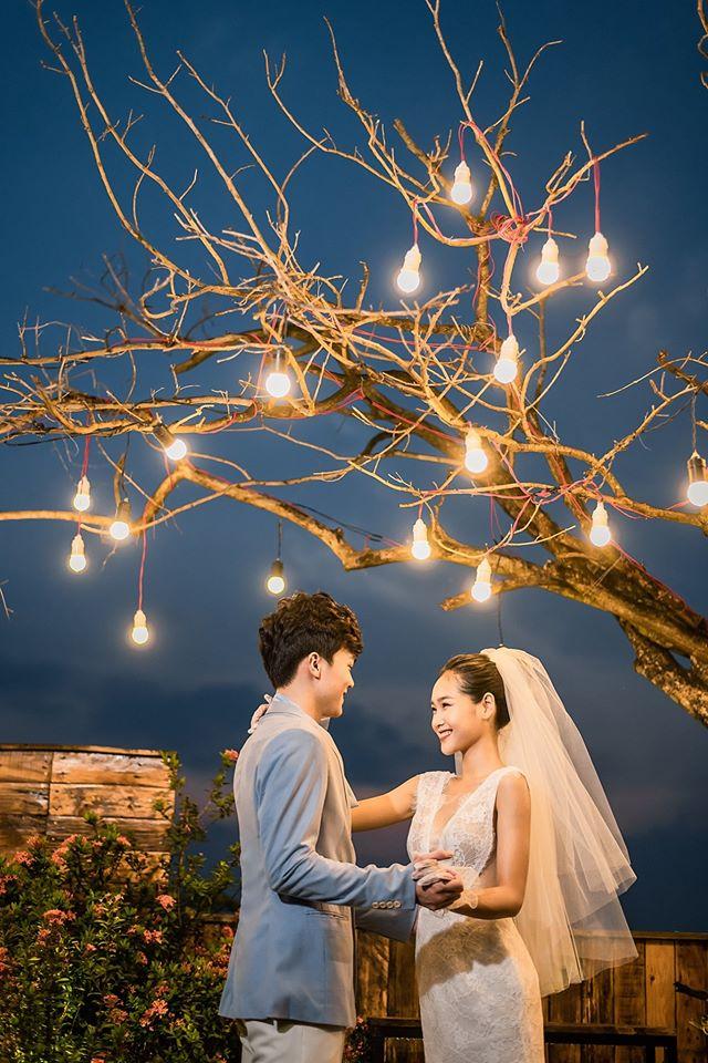 Album ảnh cưới đẹp Hàn Quốc tại phim trường Santorini Hà Nội 34