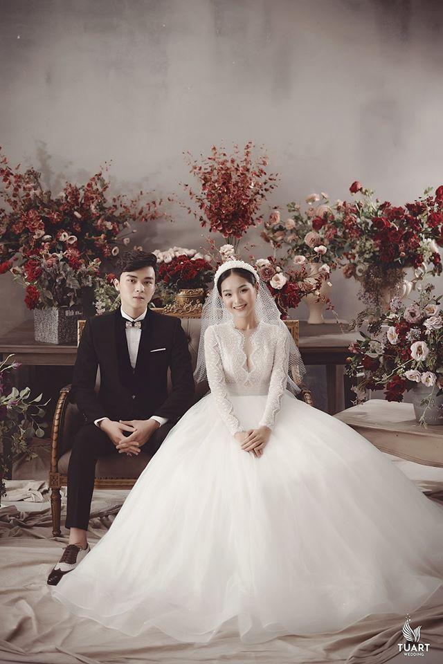 Album ảnh cưới đẹp Hàn Quốc tại phim trường Santorini Hà Nội 20