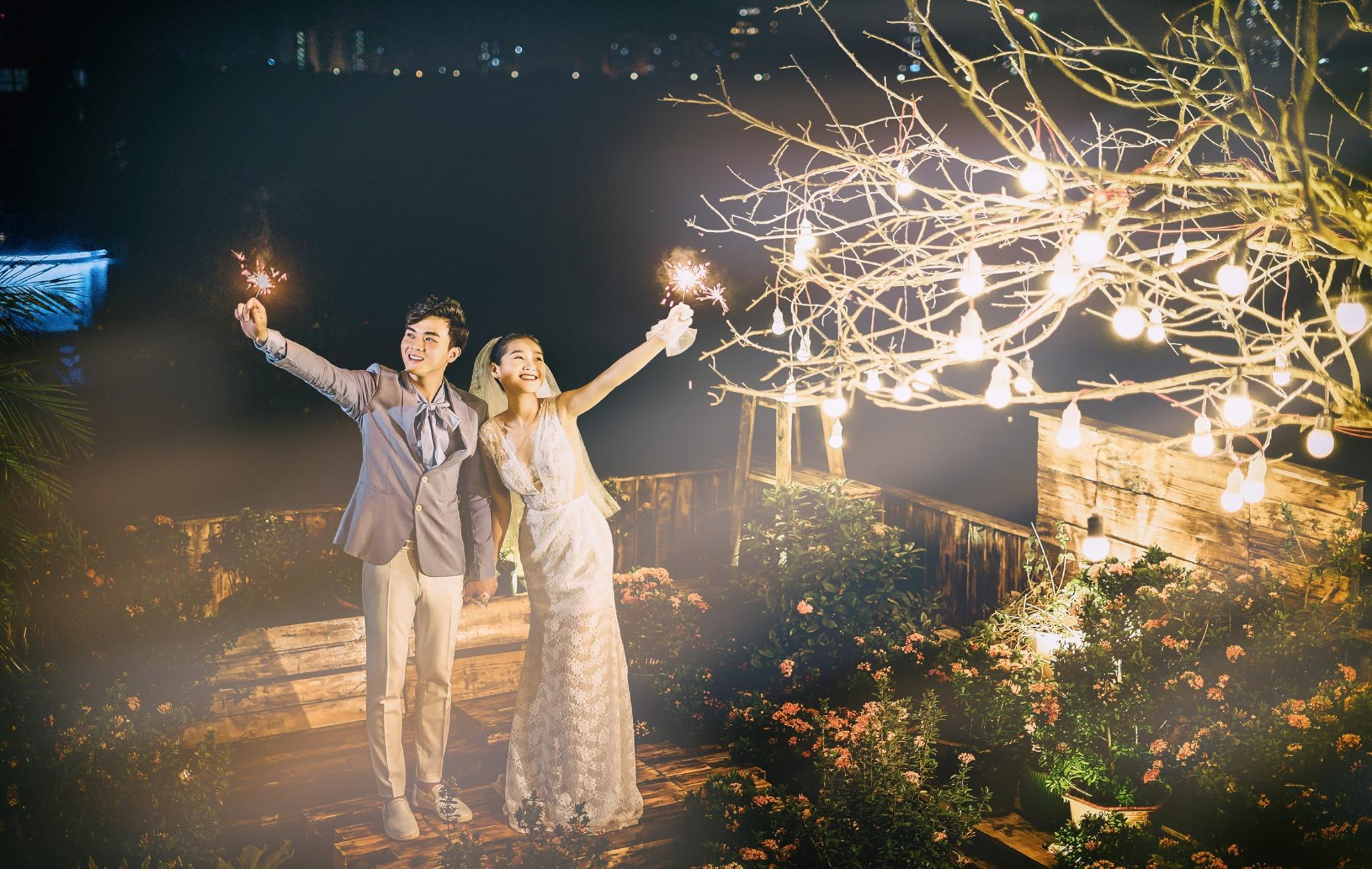 Album ảnh cưới đẹp Hàn Quốc tại phim trường Santorini Hà Nội 27