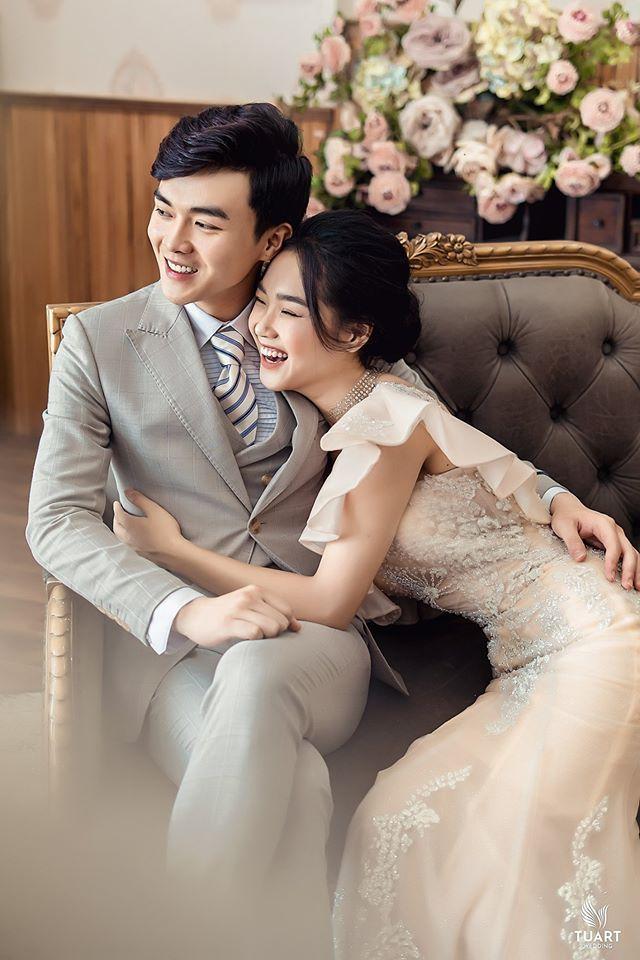 Album ảnh cưới đẹp Hàn Quốc tại phim trường Santorini Hà Nội 1