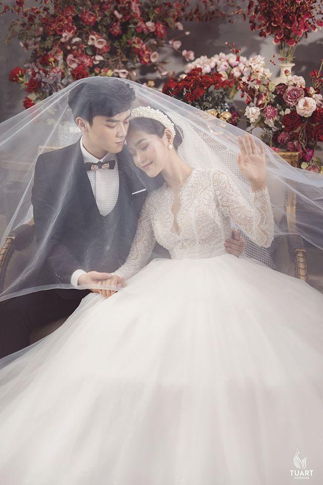 Album ảnh cưới đẹp Hàn Quốc tại phim trường Santorini Hà Nội 16
