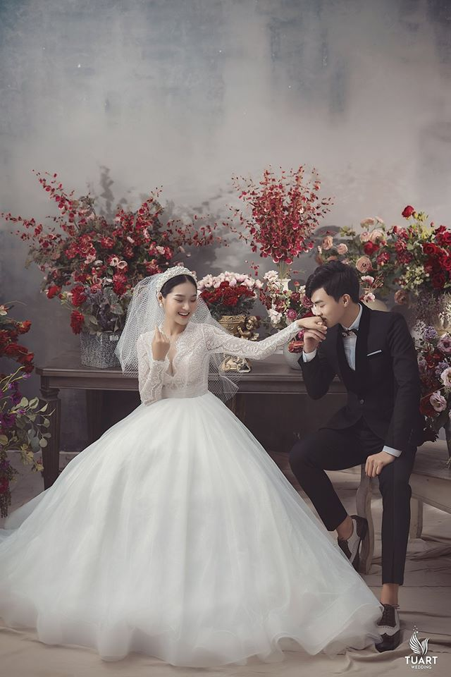 Album ảnh cưới đẹp Hàn Quốc tại phim trường Santorini Hà Nội 19