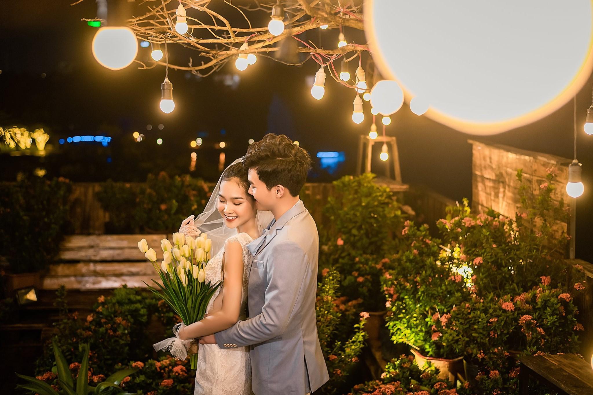 Album ảnh cưới đẹp Hàn Quốc tại phim trường Santorini Hà Nội 30