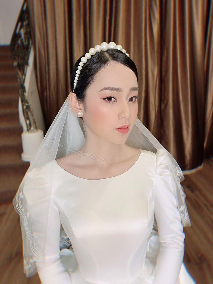 trang điểm cô dâu